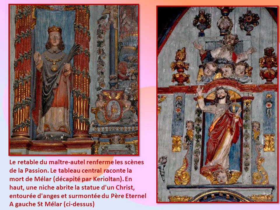 Le retable du maître-autel renferme les scènes de la Passion