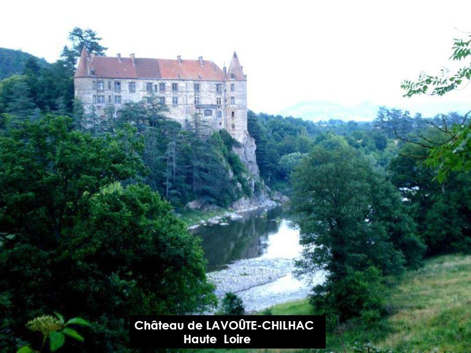 Château de LAVOÛTE-CHILHAC