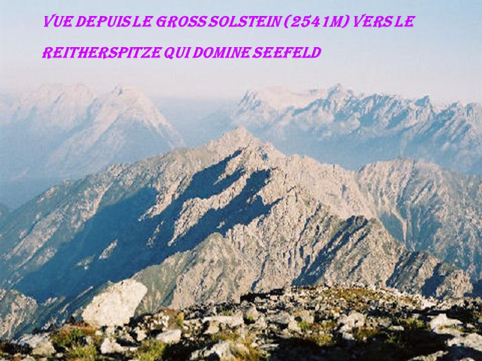 Vue depuis le Gross Solstein (2541m) vers le Reitherspitze qui domine Seefeld