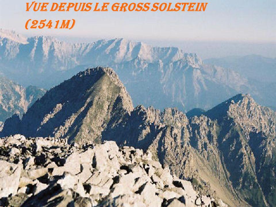 Vue depuis le Gross Solstein (2541m)