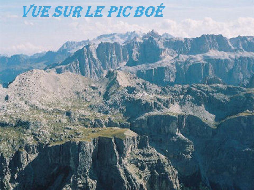 Vue sur le pic Boé