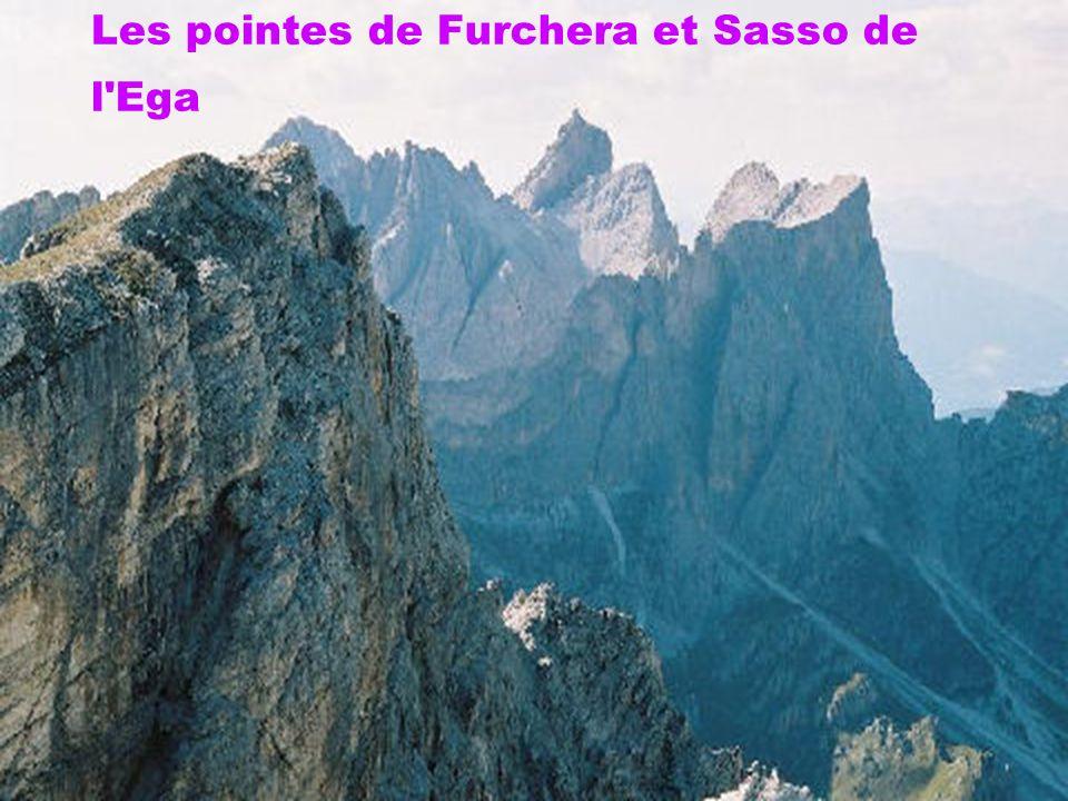 Les pointes de Furchera et Sasso de l Ega