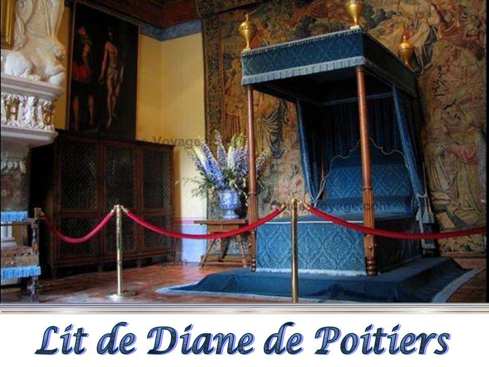 Lit de Diane de Poitiers