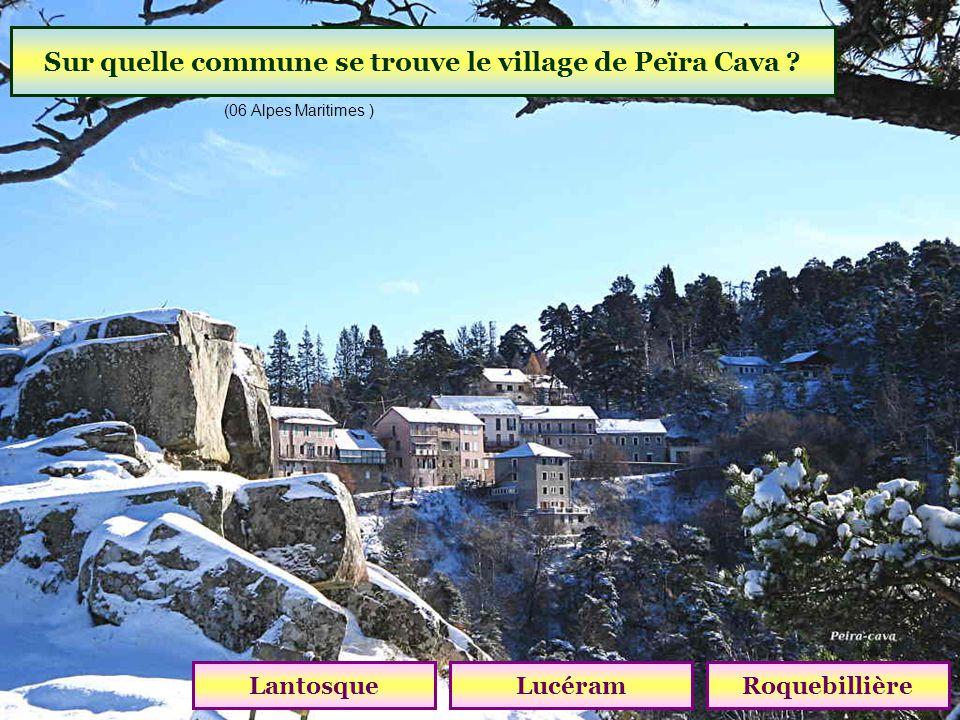 Sur quelle commune se trouve le village de Peïra Cava