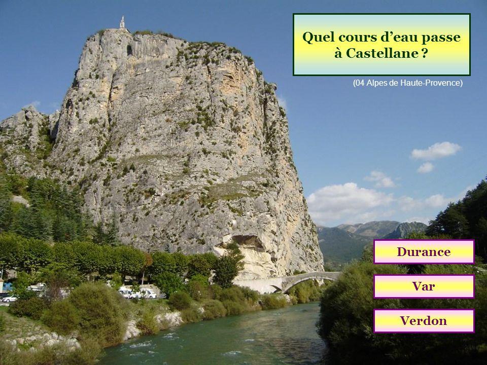 Quel cours d'eau passe à Castellane