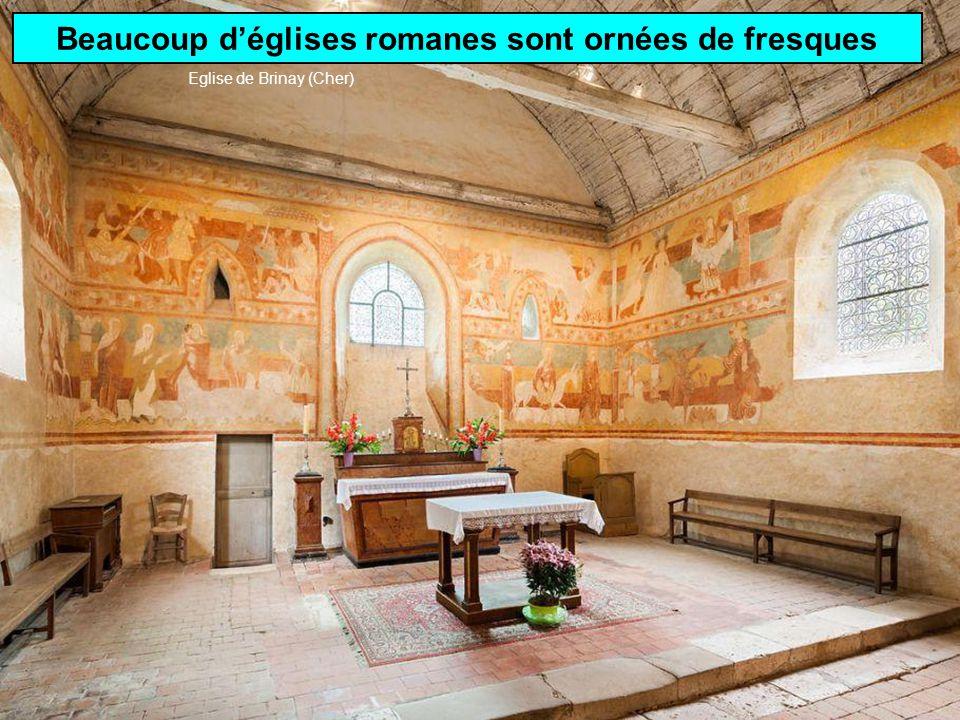 Beaucoup d'églises romanes sont ornées de fresques