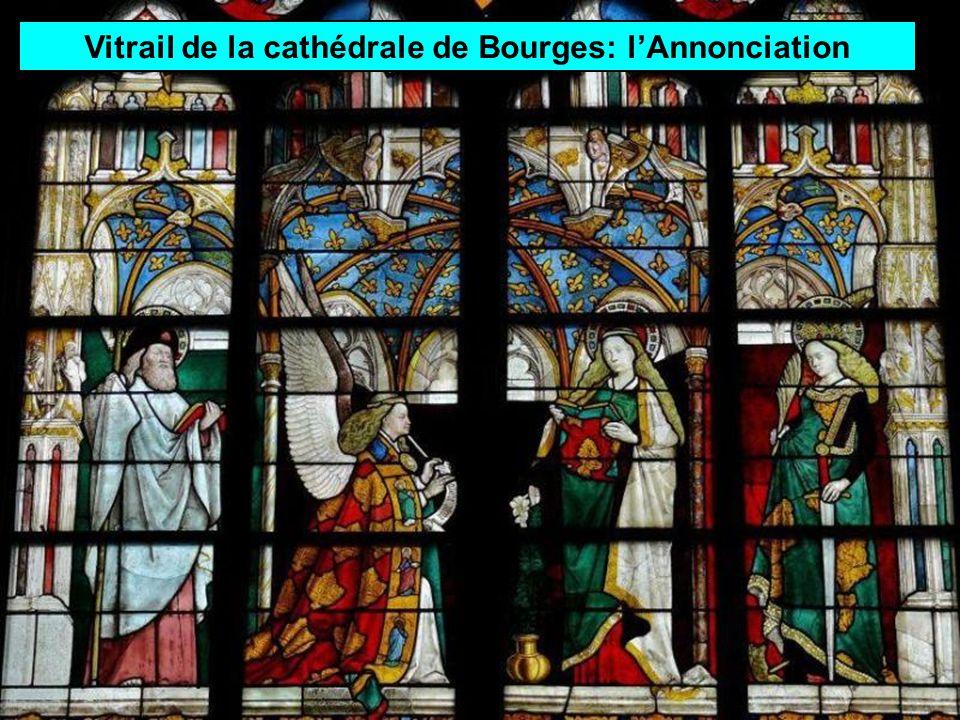 Vitrail de la cathédrale de Bourges: l'Annonciation