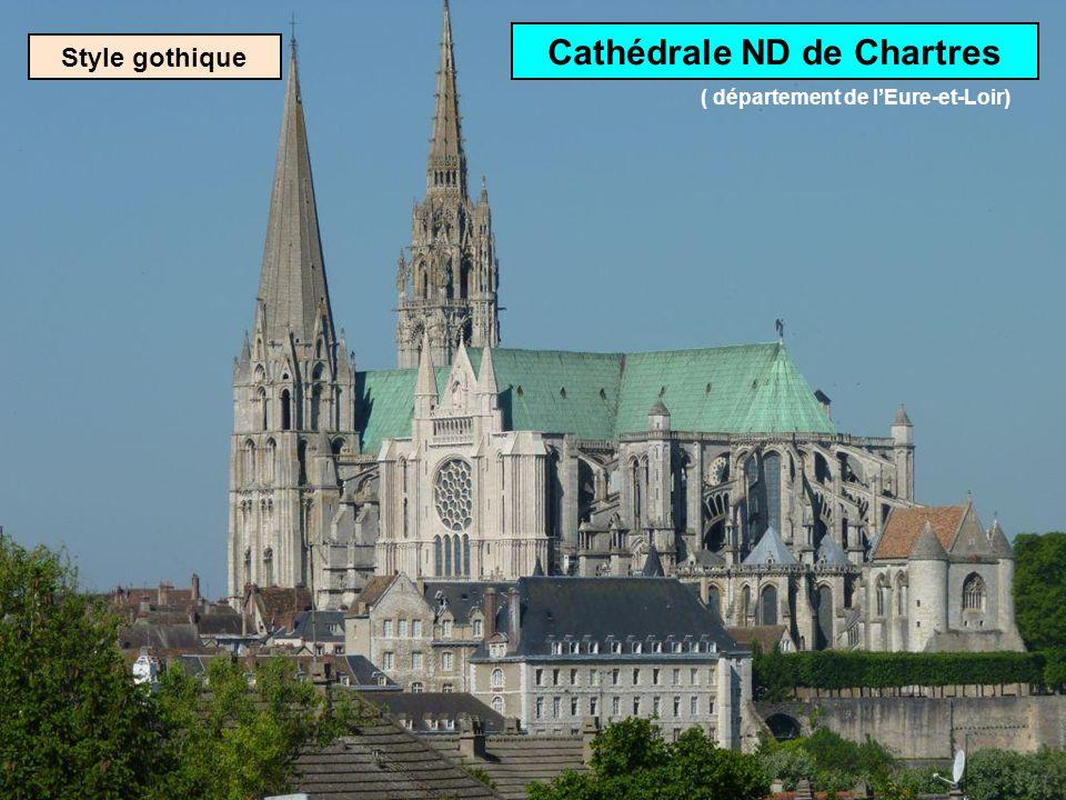 Cathédrale ND de Chartres ( département de l'Eure-et-Loir)