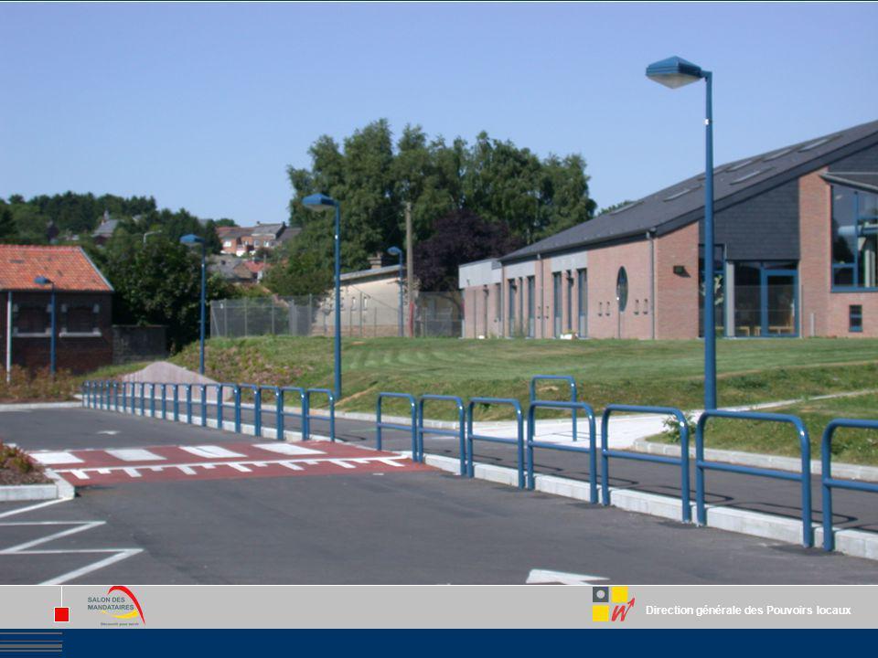 Pour les voiries : Création, aménagement et entretien extraordinaire des voiries publiques. Création et aménagement de parkings.