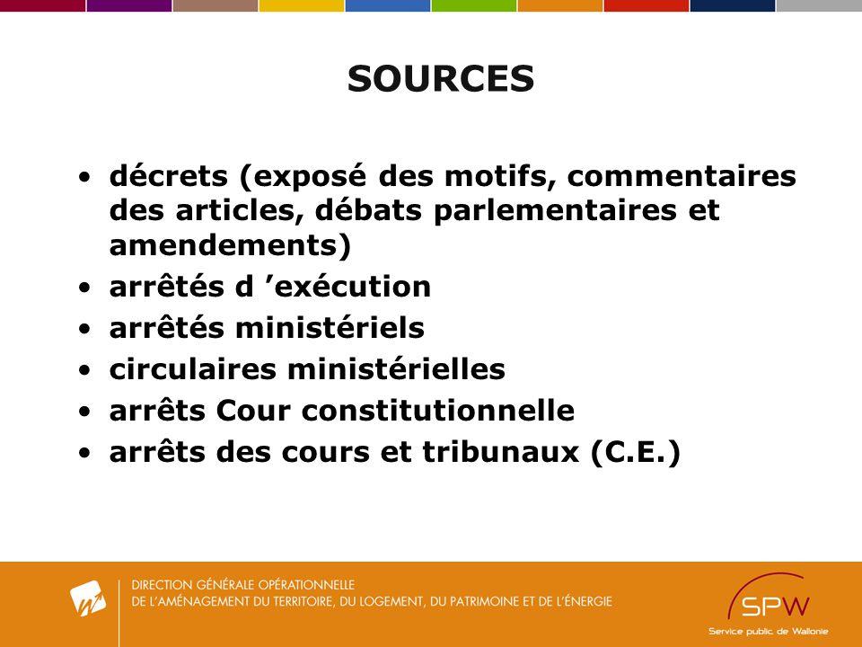 SOURCES décrets (exposé des motifs, commentaires des articles, débats parlementaires et amendements)