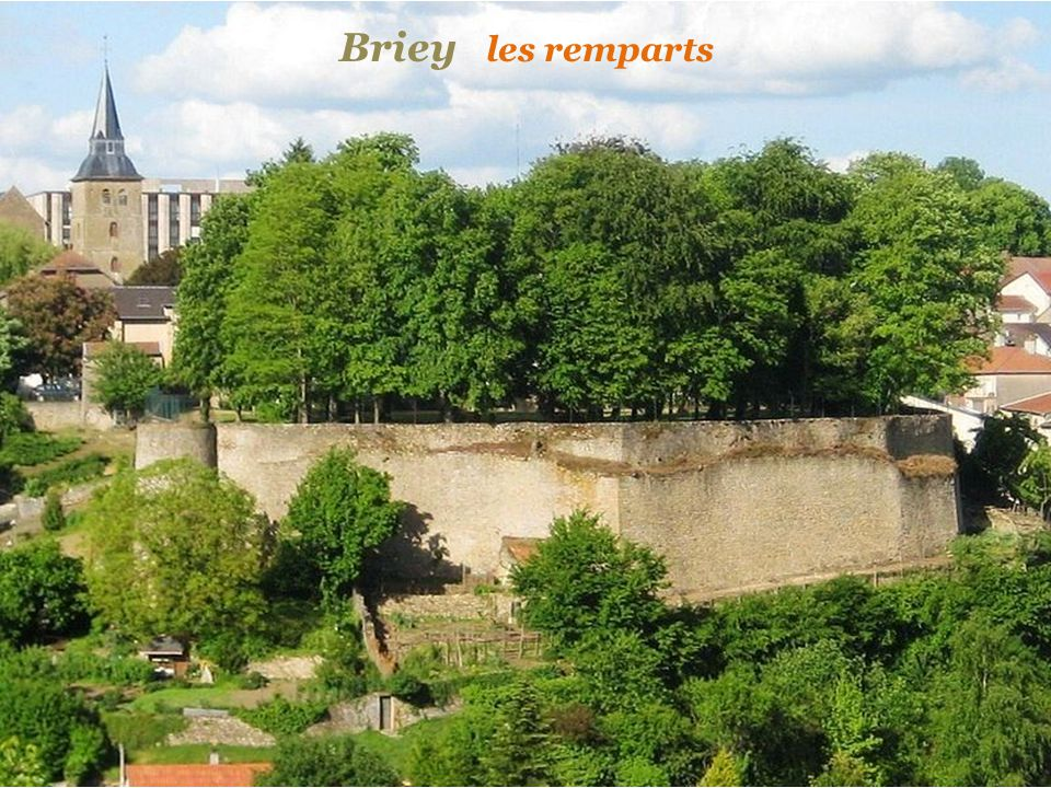 Briey les remparts