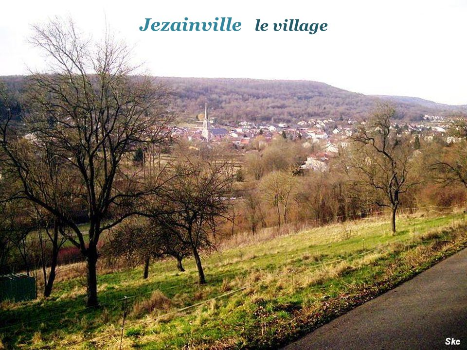 Jezainville le village