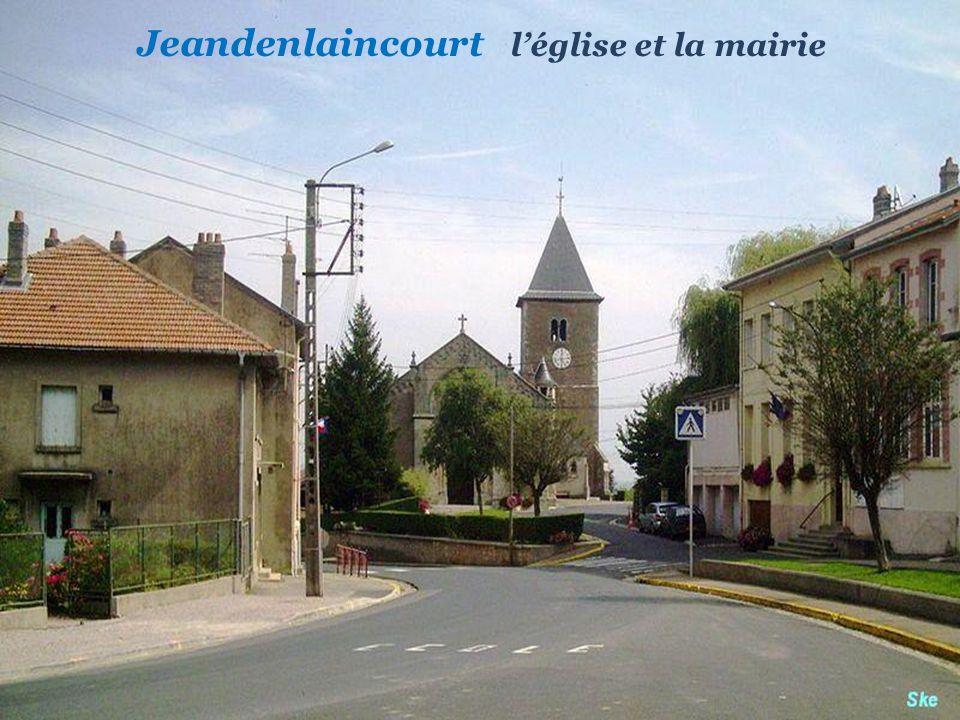 Jeandenlaincourt l'église et la mairie