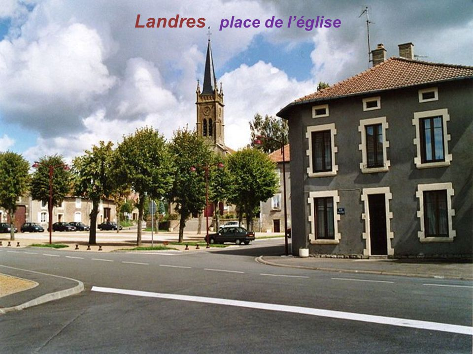 Landres place de l'église