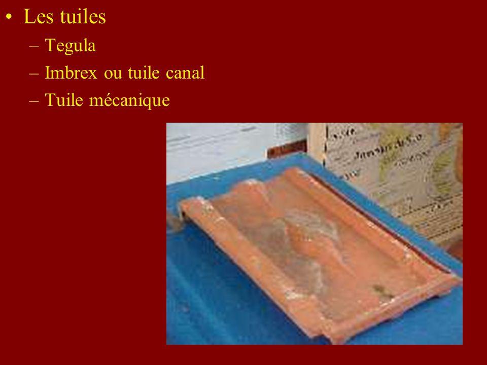 Les tuiles Tegula Imbrex ou tuile canal Tuile mécanique