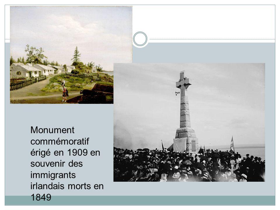 Monument commémoratif érigé en 1909 en souvenir des immigrants irlandais morts en 1849