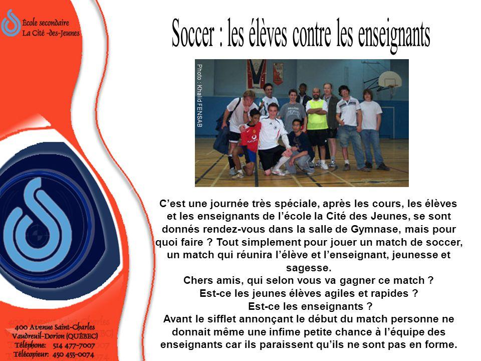 Soccer : les élèves contre les enseignants