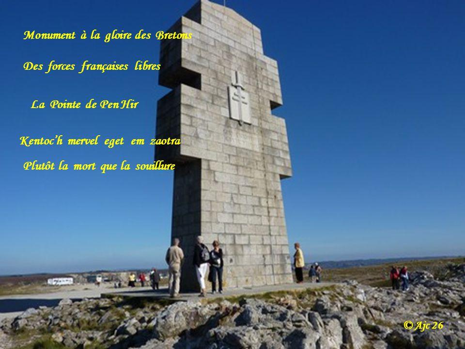 Monument à la gloire des Bretons Des forces françaises libres