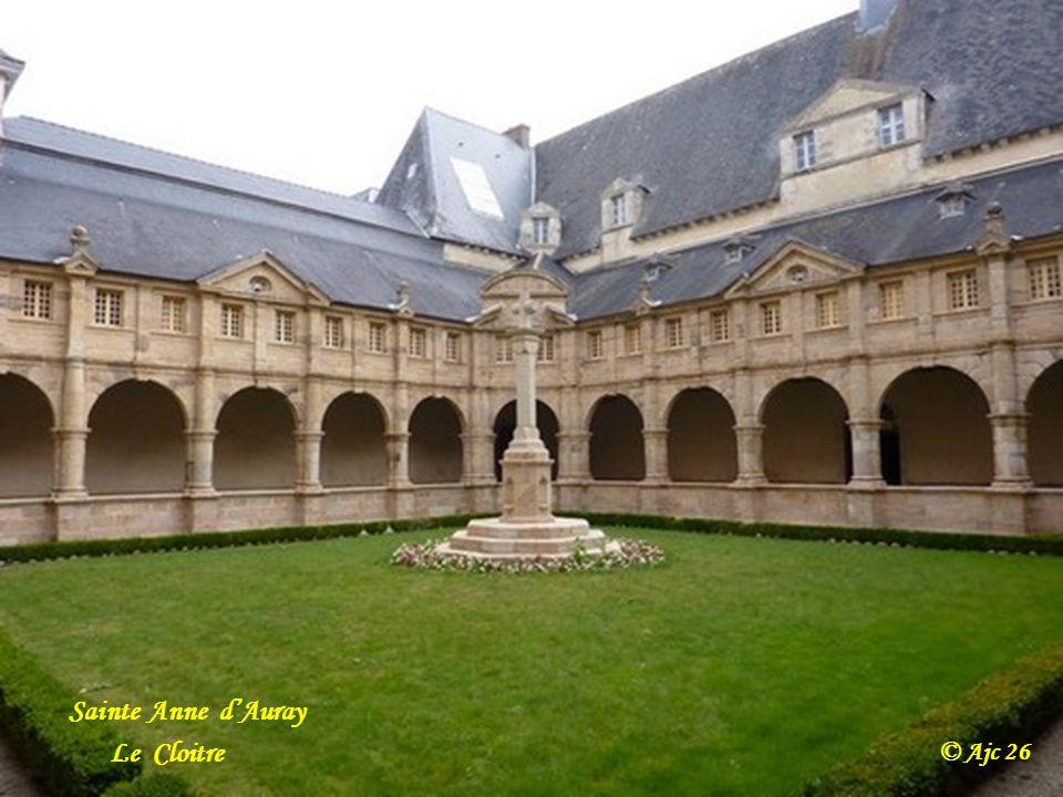 Sainte Anne d'Auray Le Cloitre © Ajc 26