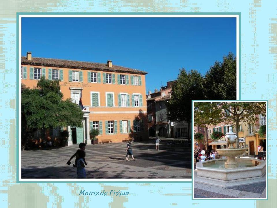 Mairie de Fréjus