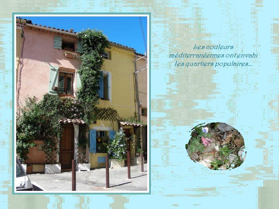 Les couleurs méditerranéennes ont envahi les quartiers populaires…