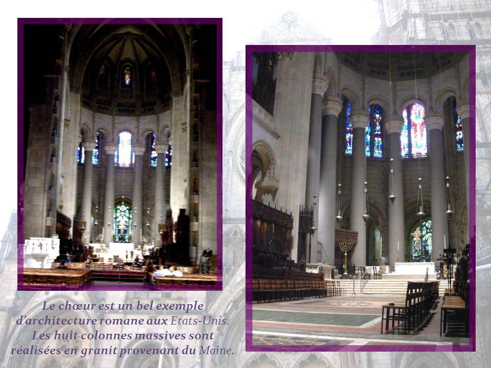 Le chœur est un bel exemple d'architecture romane aux Etats-Unis