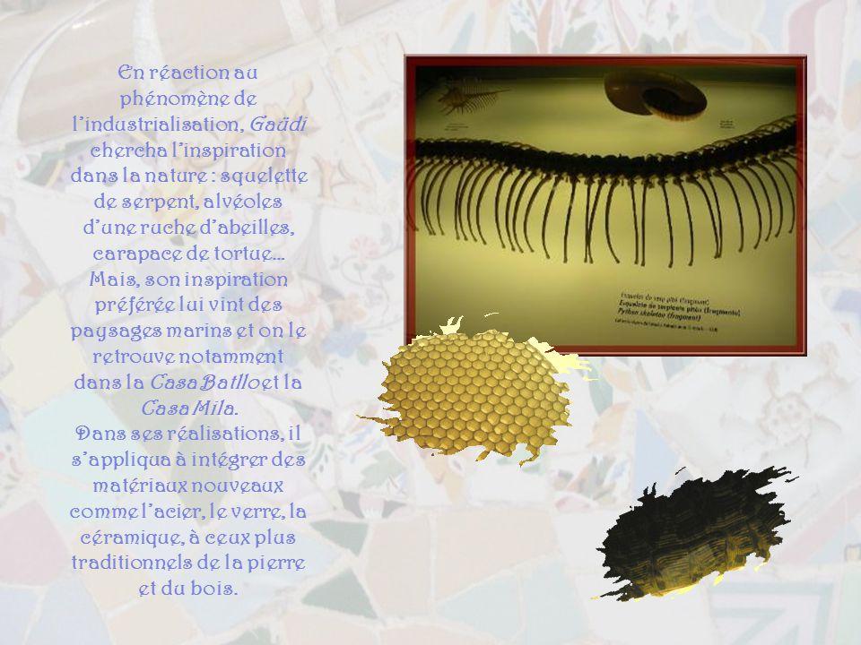 En réaction au phénomène de l'industrialisation, Gaüdi chercha l'inspiration dans la nature : squelette de serpent, alvéoles d'une ruche d'abeilles, carapace de tortue… Mais, son inspiration préférée lui vint des paysages marins et on le retrouve notamment dans la Casa Batllo et la Casa Mila.