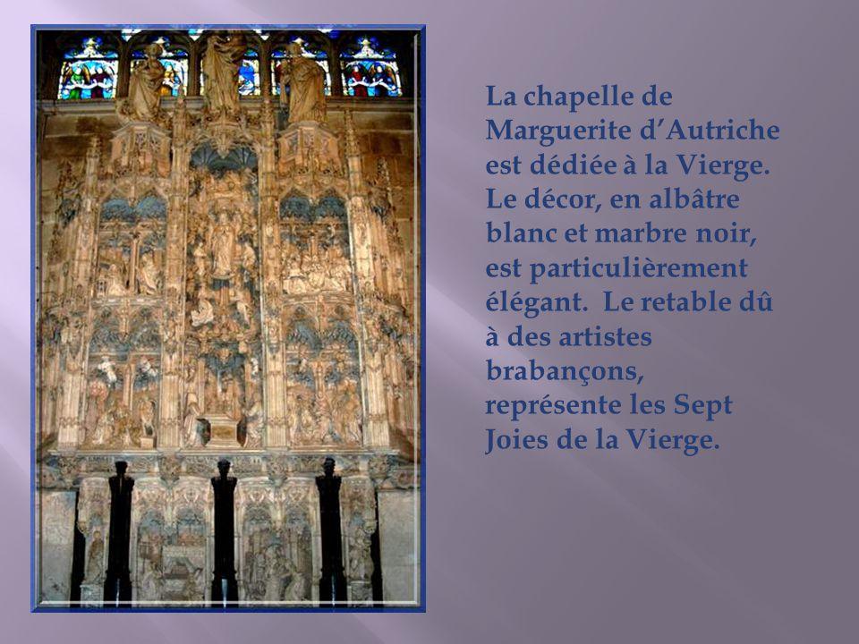 La chapelle de Marguerite d'Autriche est dédiée à la Vierge