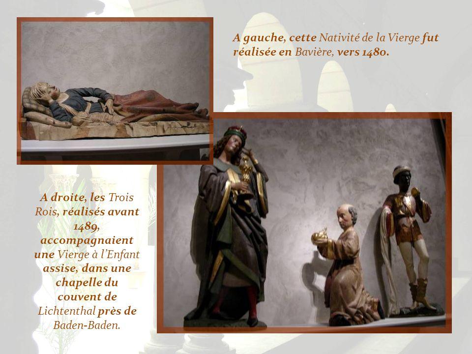 A gauche, cette Nativité de la Vierge fut réalisée en Bavière, vers 1480.
