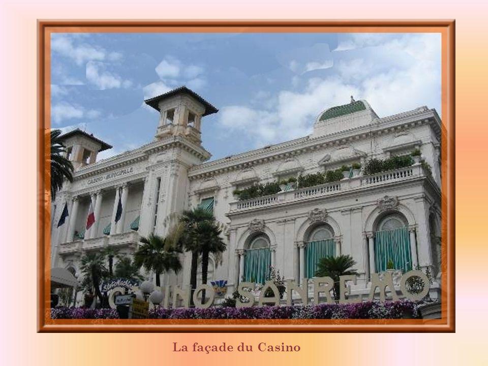 La façade du Casino
