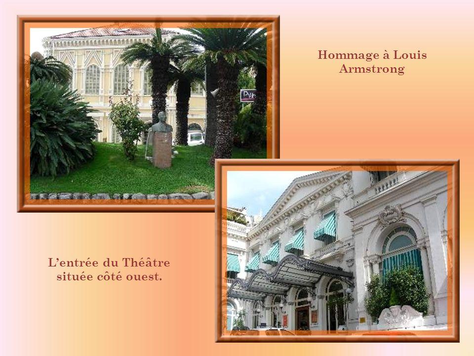 Hommage à Louis Armstrong L'entrée du Théâtre située côté ouest.