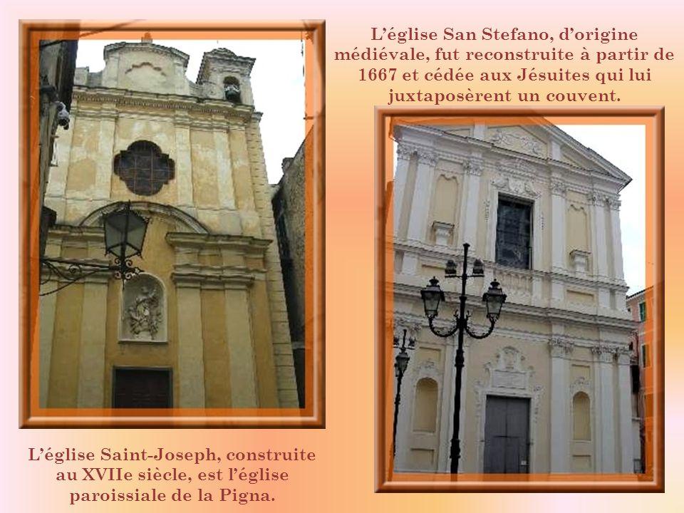 L'église San Stefano, d'origine médiévale, fut reconstruite à partir de 1667 et cédée aux Jésuites qui lui juxtaposèrent un couvent.