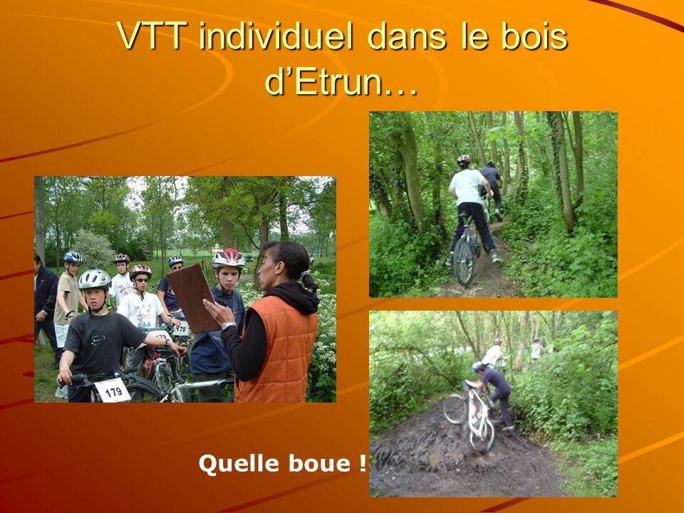 VTT individuel dans le bois d'Etrun…