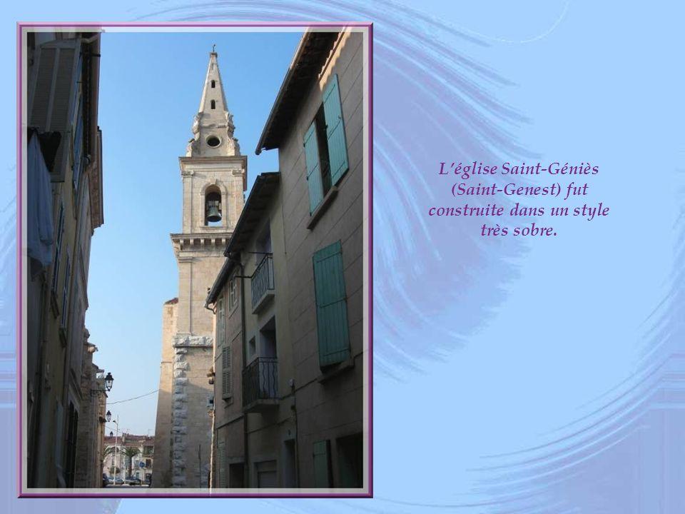 L'église Saint-Géniès (Saint-Genest) fut construite dans un style très sobre.