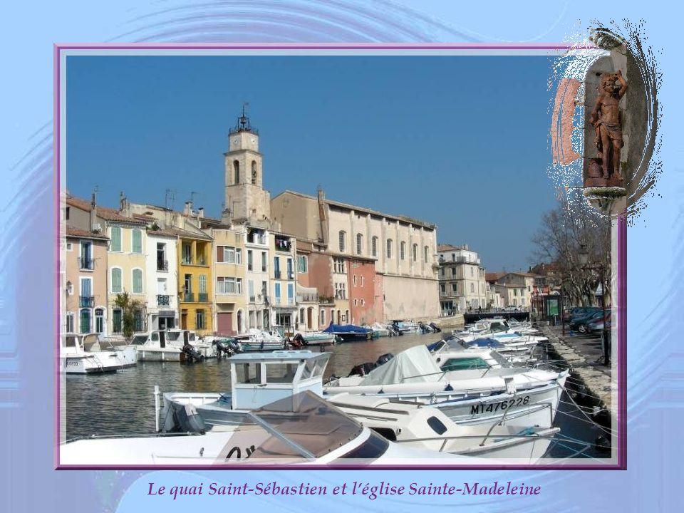 Le quai Saint-Sébastien et l'église Sainte-Madeleine