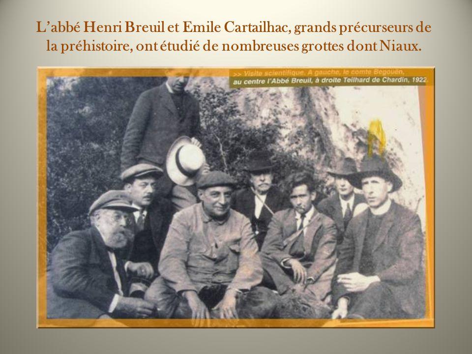 L'abbé Henri Breuil et Emile Cartailhac, grands précurseurs de la préhistoire, ont étudié de nombreuses grottes dont Niaux.