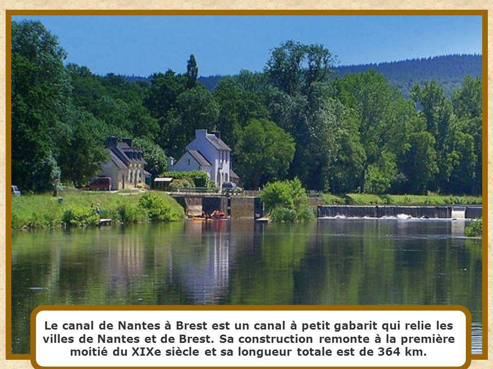 Le canal de Nantes à Brest est un canal à petit gabarit qui relie les villes de Nantes et de Brest.