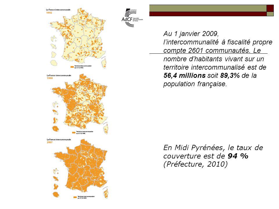 Au 1 janvier 2009, l'intercommunalité à fiscalité propre compte 2601 communautés. Le nombre d'habitants vivant sur un territoire intercommunalisé est de 56,4 millions soit 89,3% de la population française.