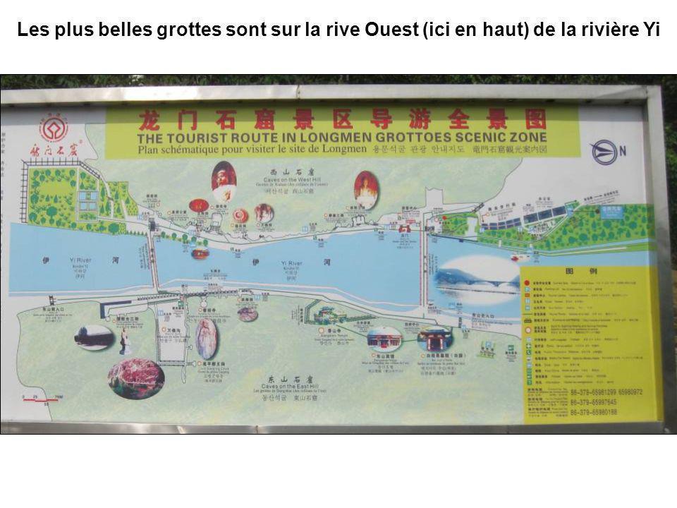 Les plus belles grottes sont sur la rive Ouest (ici en haut) de la rivière Yi