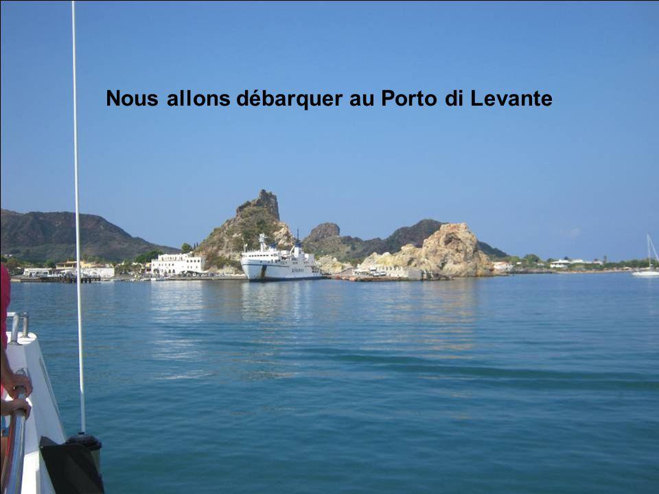 Nous allons débarquer au Porto di Levante