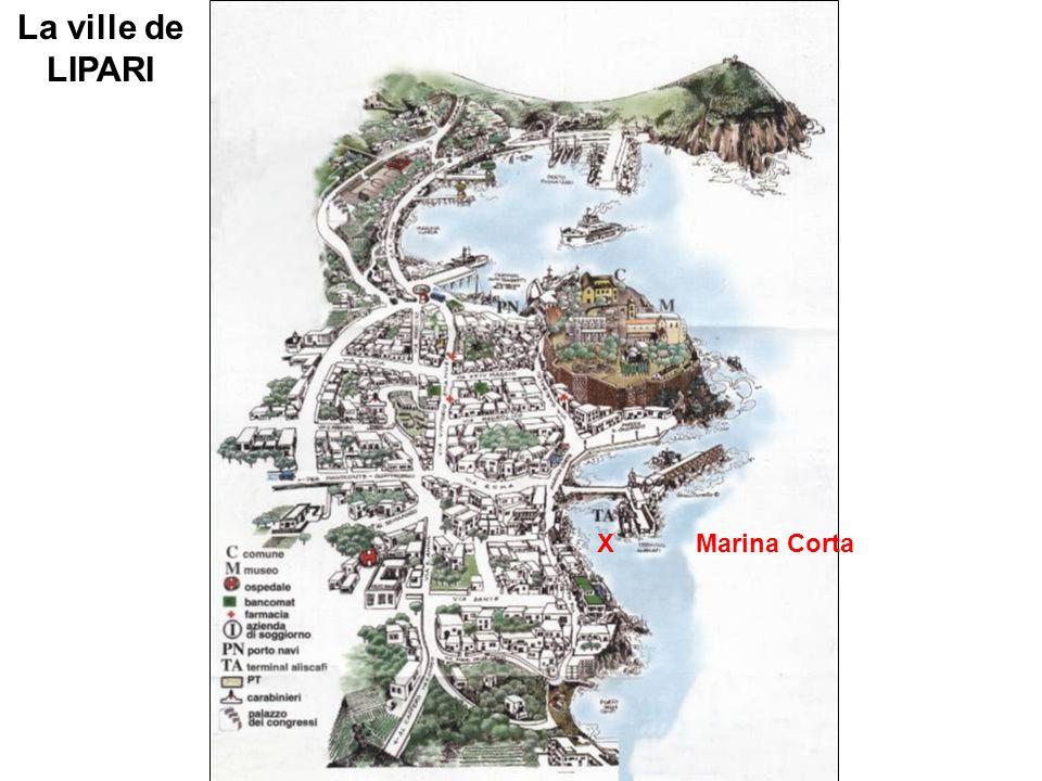 La ville de LIPARI X Marina Corta