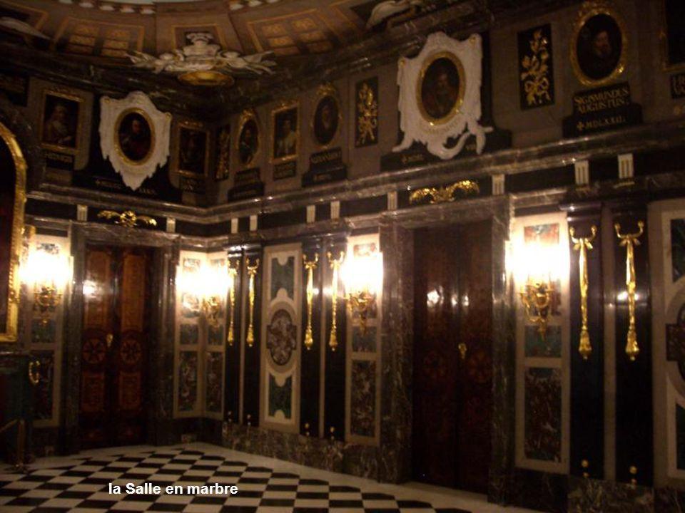 la Salle en marbre