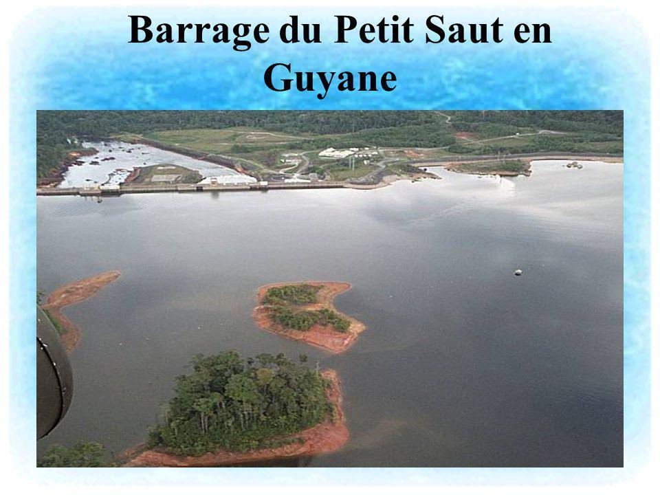 Barrage du Petit Saut en Guyane