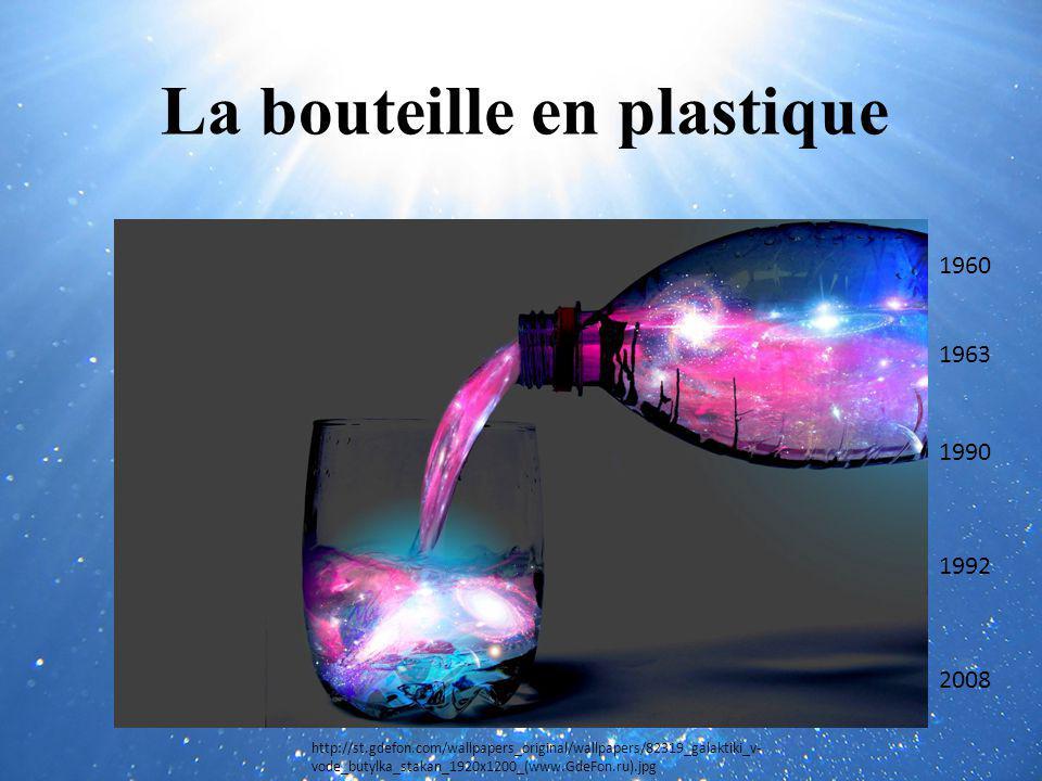 La bouteille en plastique
