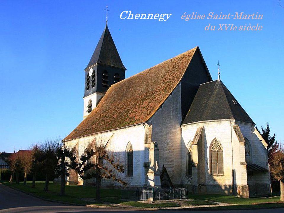 Chennegy église Saint-Martin . du XVIe siècle