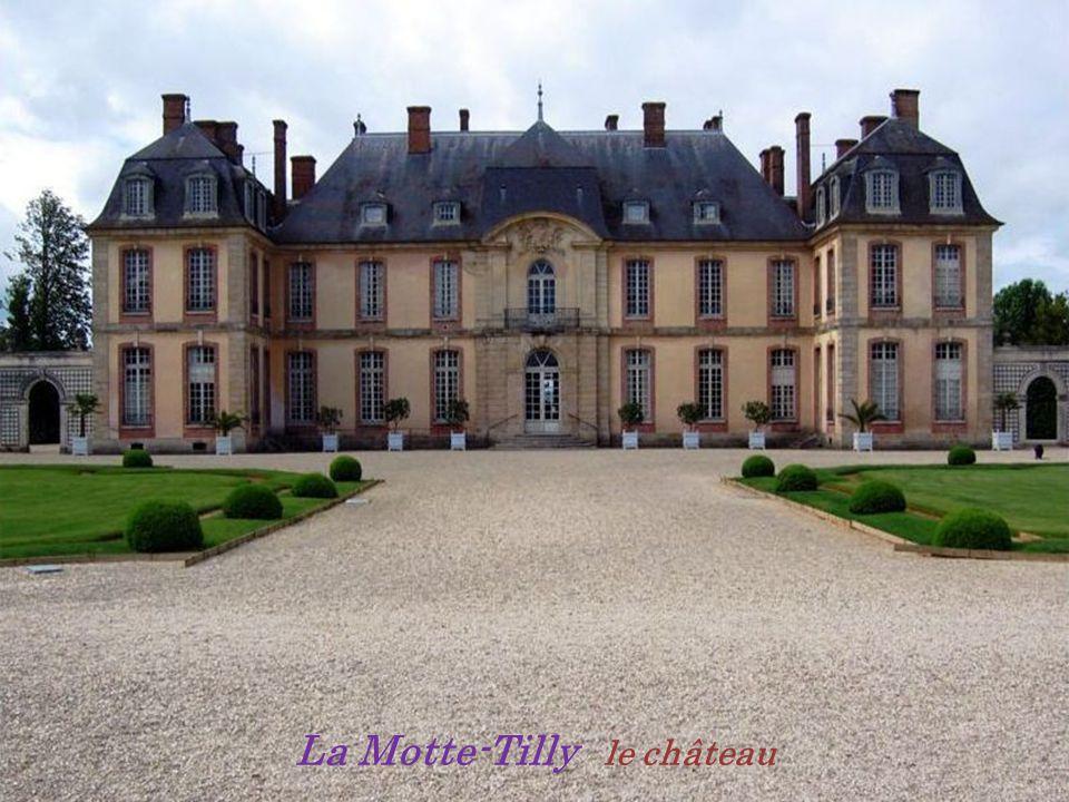 La Motte-Tilly le château