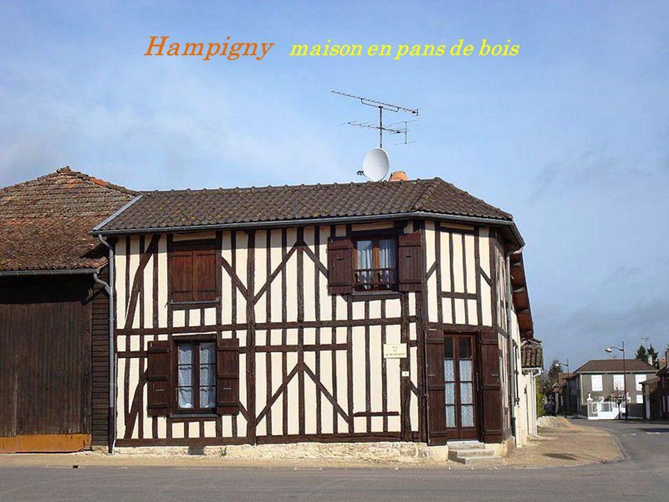 Hampigny maison en pans de bois