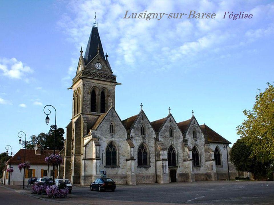 Lusigny-sur-Barse l'église