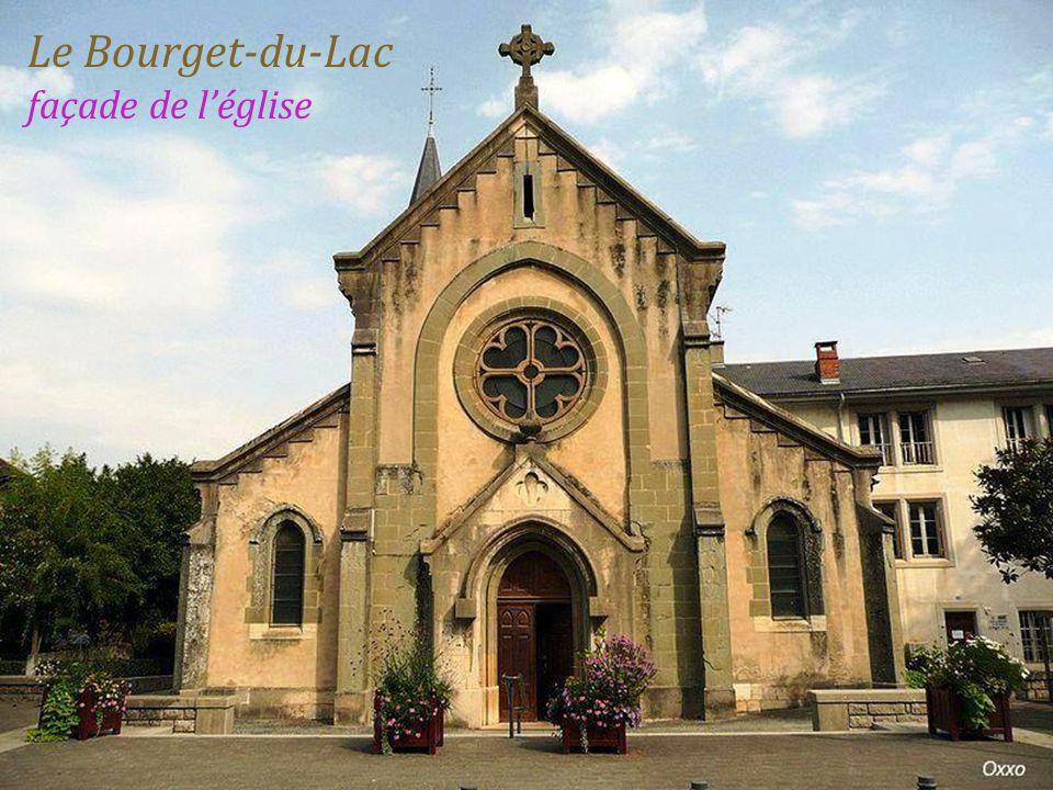 Le Bourget-du-Lac façade de l'église