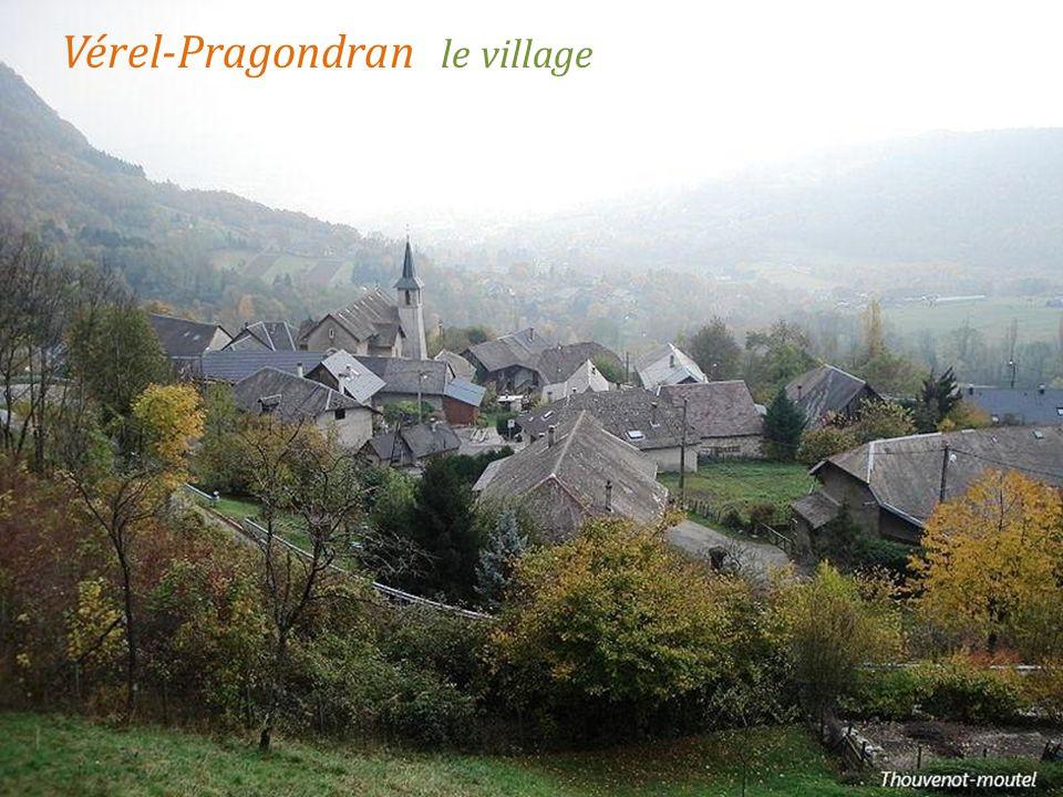Vérel-Pragondran le village